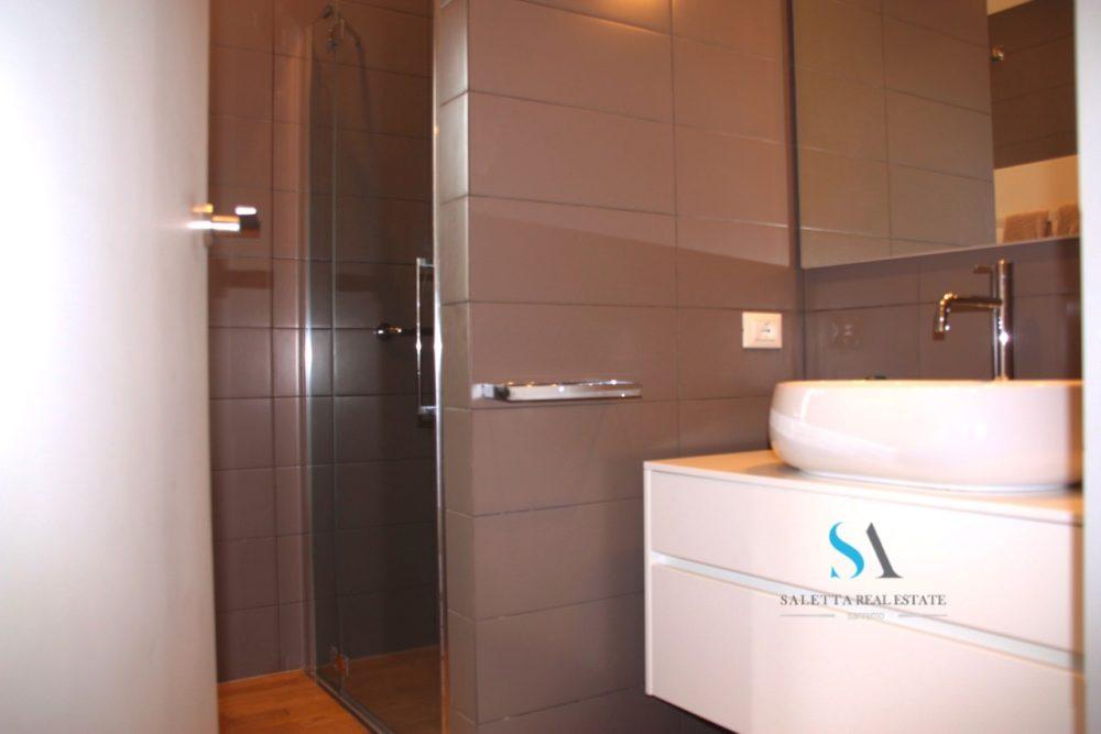 saletta SLT106 bagno con doccia
