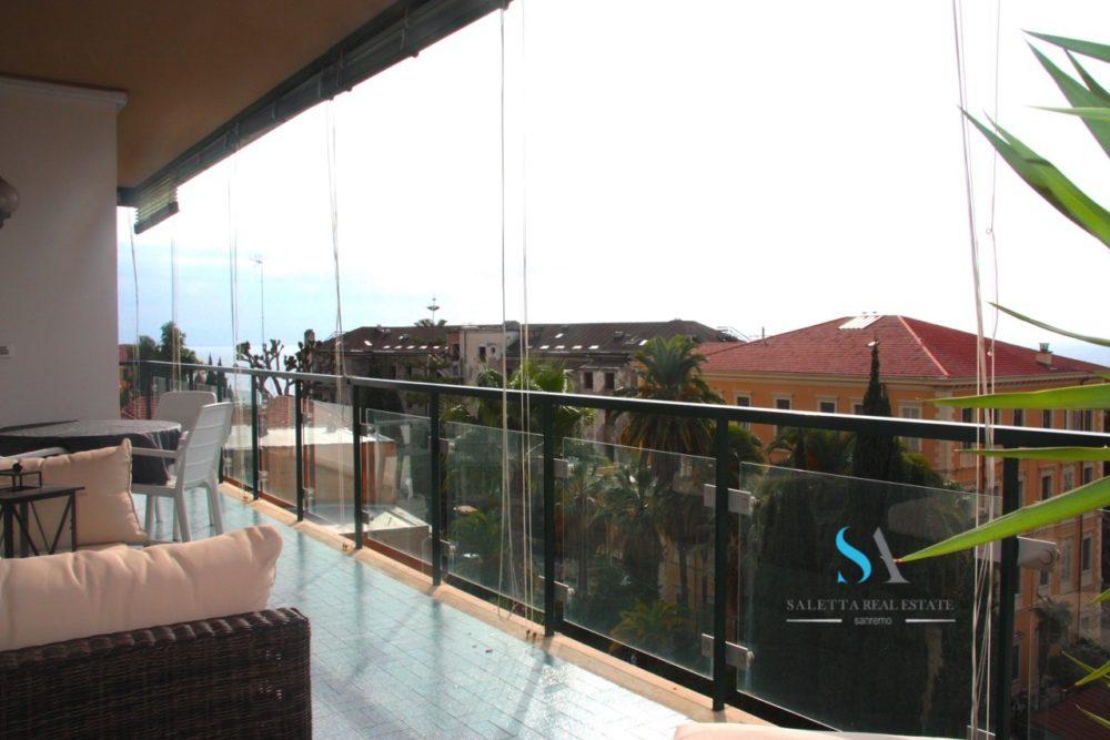 saletta SLT106 terrazza vista mare