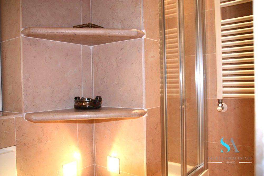 13 bagno doccia saletta