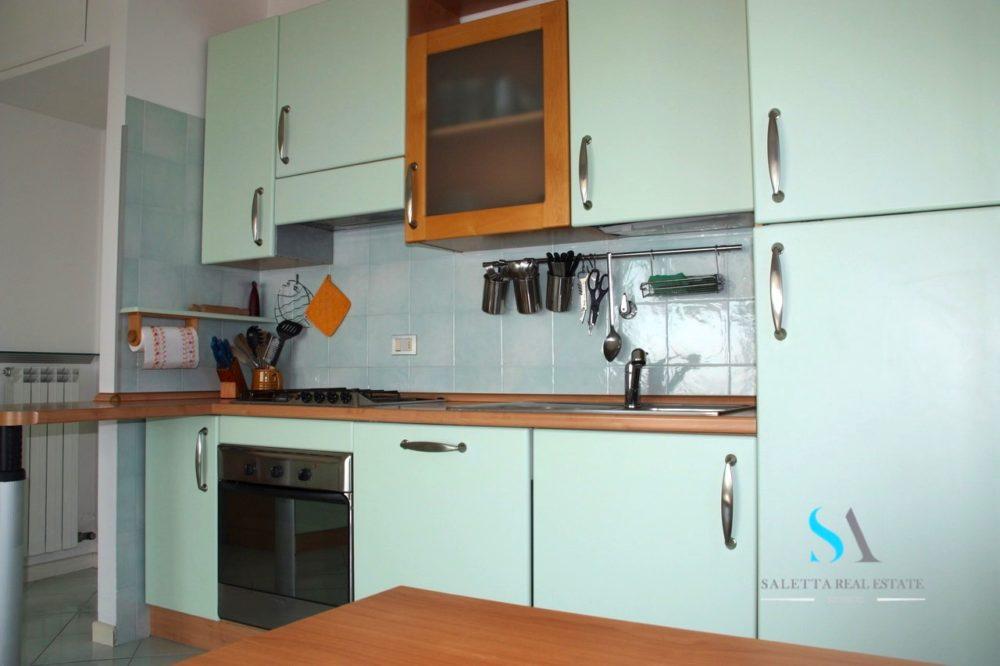 saletta SLB109 cucina con elettrodomestici