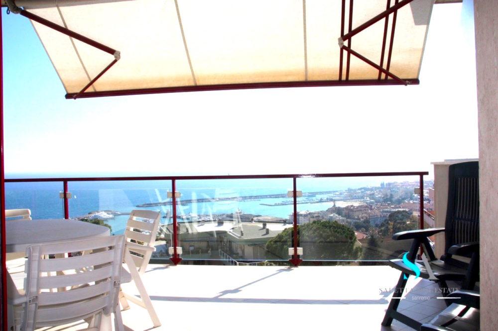saletta SLB109 terrazzo vista mare
